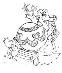 Черепаха на шезлонге